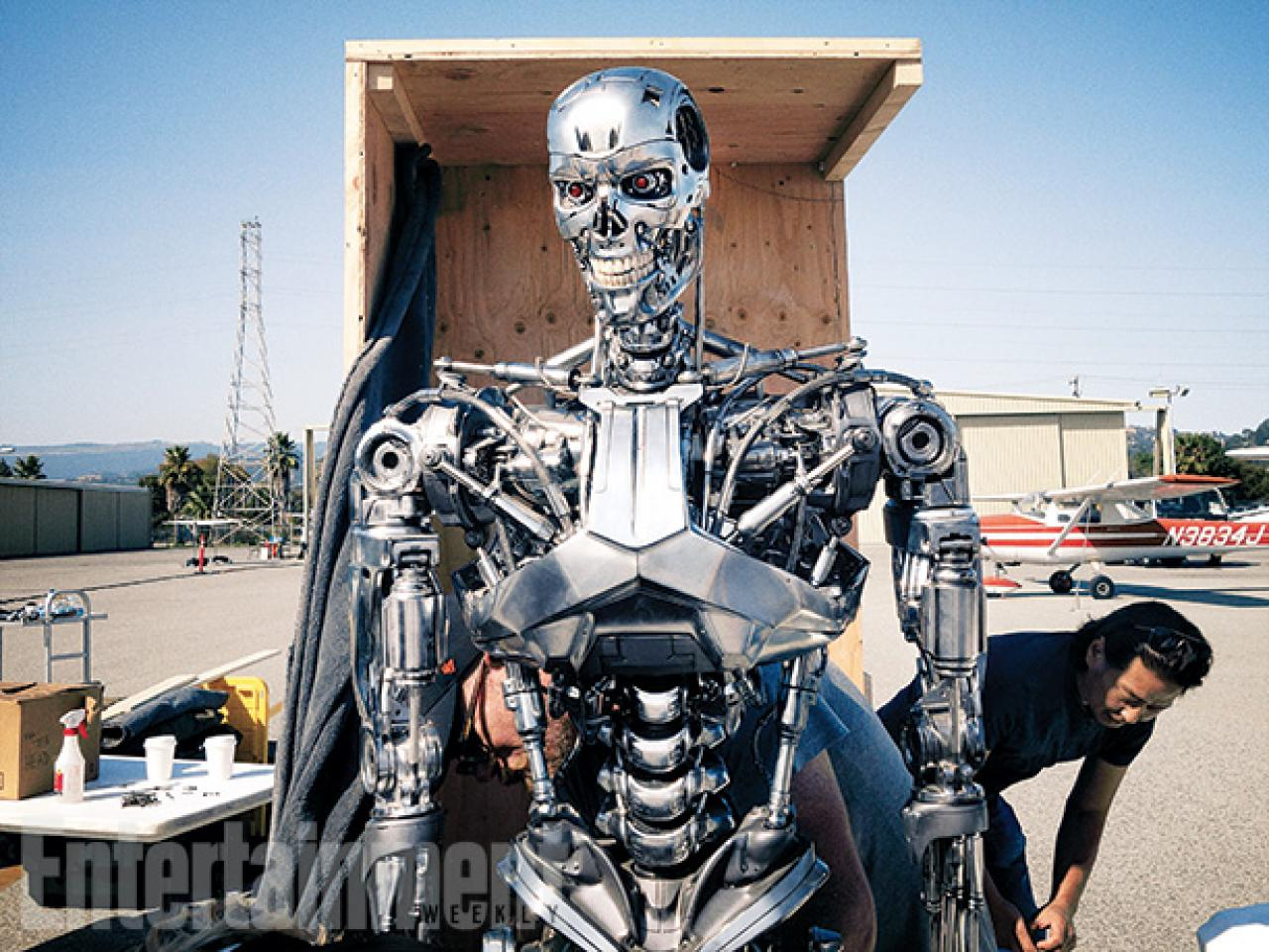 Terminator-5-Genisys-3d-arnold-entertaiment-weekly-picture-5