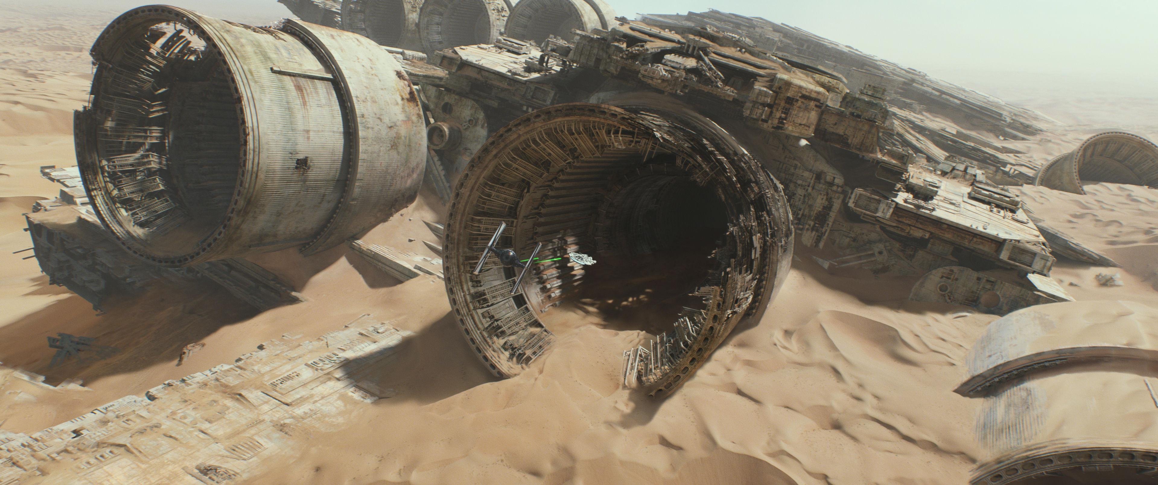Star-Wars-7-Das-Erwachen-der-Macht-3D-Milleniumfalcon-trailer-cap