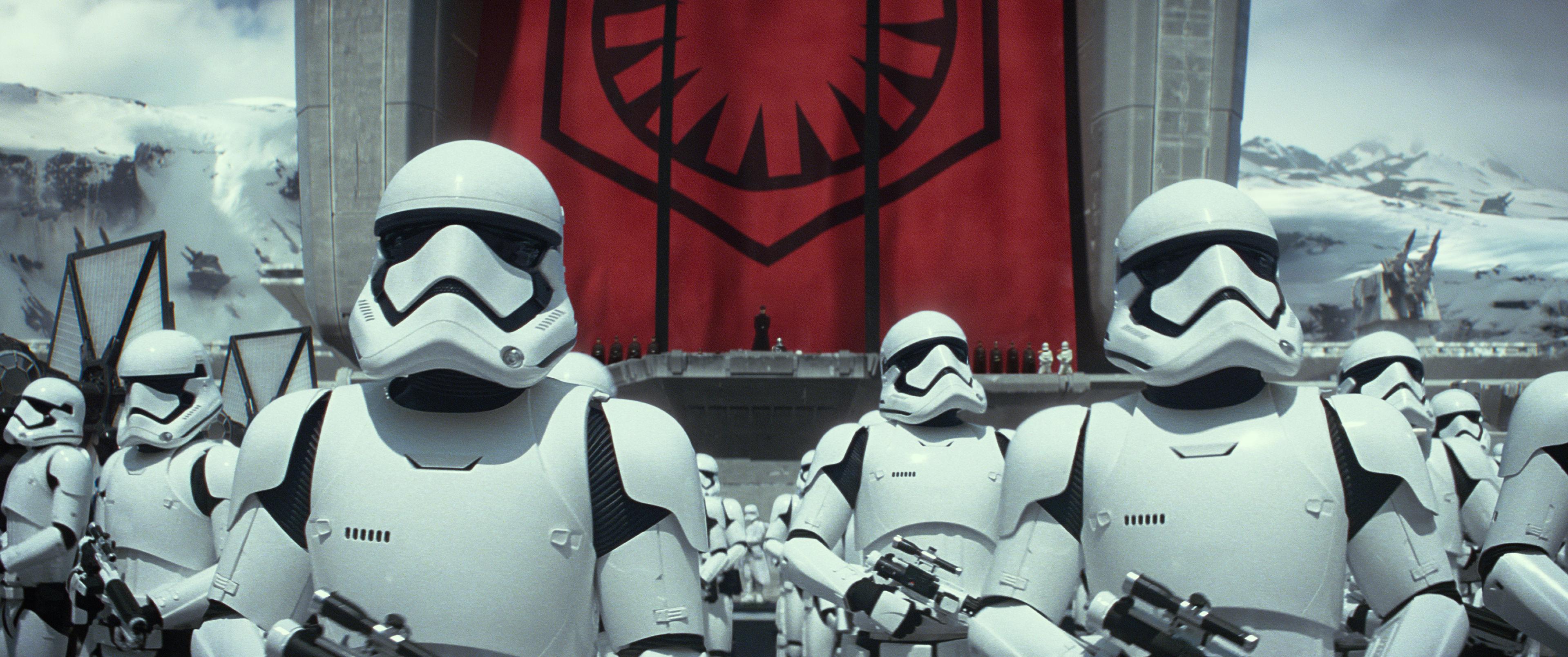Star-Wars-7-Das-Erwachen-der-Macht-3D-storm-tropper